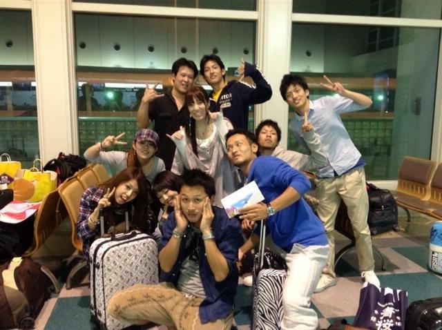 去年の10月に私達沖縄に旅行に行ってきました☆ケータリングスタッフショット