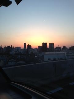 ◆東京都内爆走中の私です◆※東京TONKYのケータリング交通マナーを守っております(笑)
